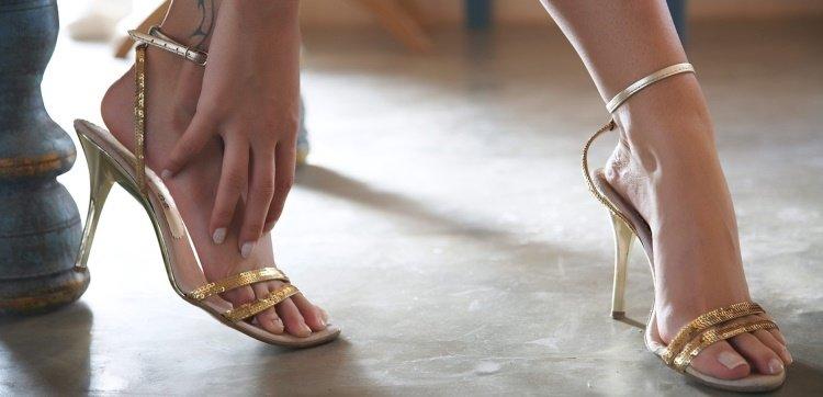 почему сводит ноги судорогой, сводит ноги судорогой что делать, болезни, женские проблемы, ноги, питание, мед, остеохондроз, самомассаж, ходьба, бег, мышцы ног